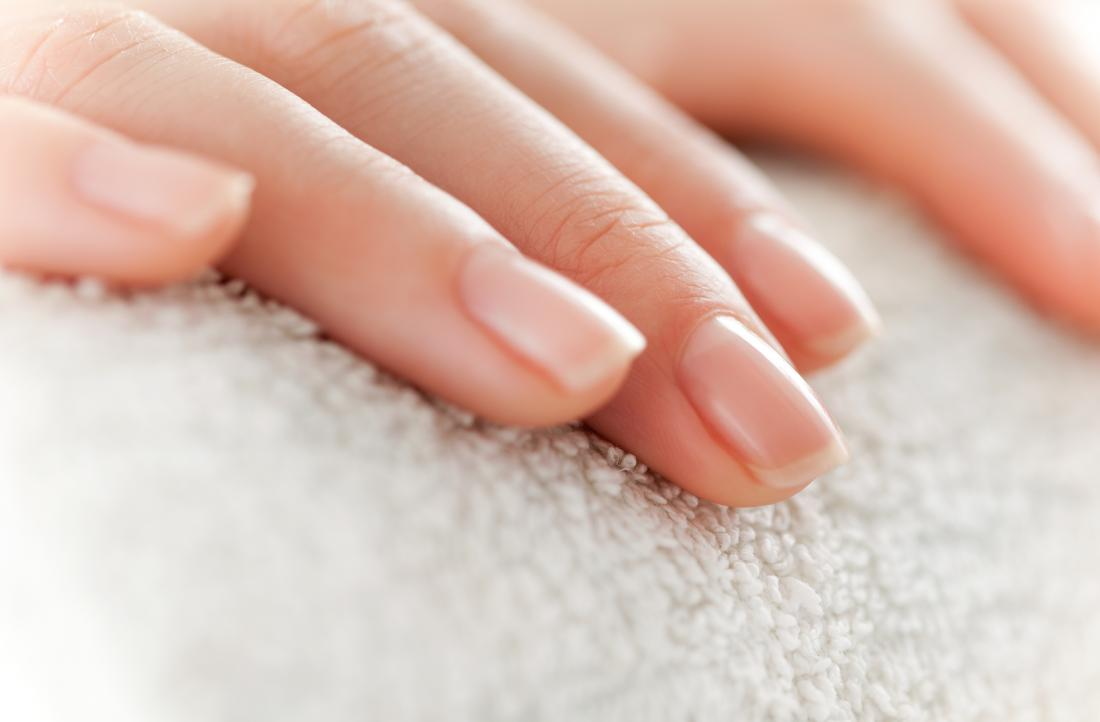 Tips To Make Nails Strong And Shiny