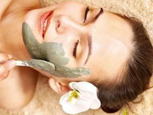 Multani Mitti Curd And Turmeric For Glowing Skin